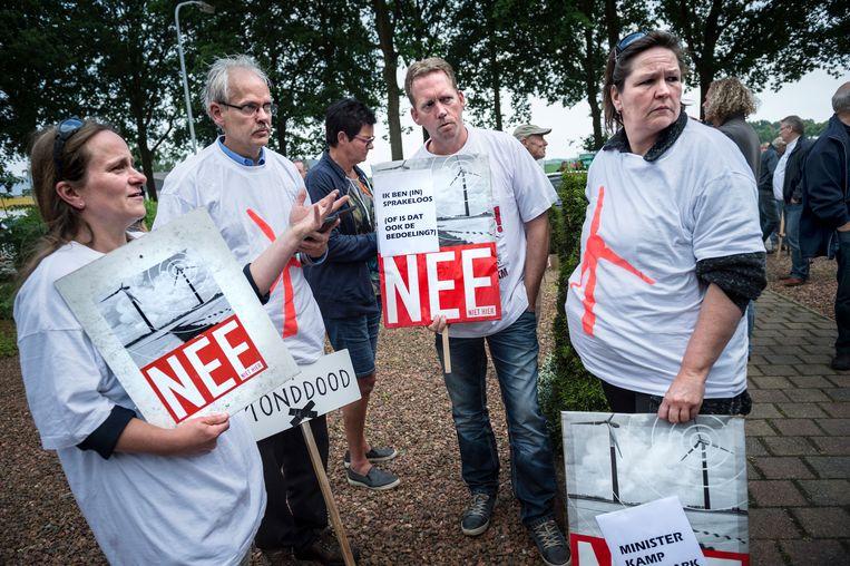 In Tweede Exloërmond protesteren omwonenden tegen plannen voor windmolens. Beeld Hollandse Hoogte, Kees van de Veen