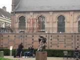 Scheermesprikkeldraad vervangen, Tilburgse synagoge weer sierlijk