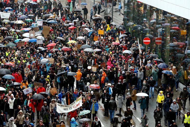Spes Nostra heeft liever niet dat leerlingen spijbelen om mee te wandelen met de klimaatmars in Brussel, zoals deze van op zondag 27 januari.