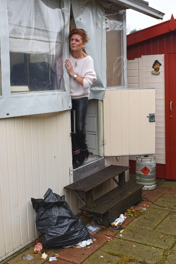 Sinds augustus woont Angelique van Rooij in haar stacaravan op camping De Heidelust. Het liefst zou ze morgen haar optrekje verruilen voor een gewone  huurwoning. ,,Maar het lukt me gewoon niet wat te vinden.''