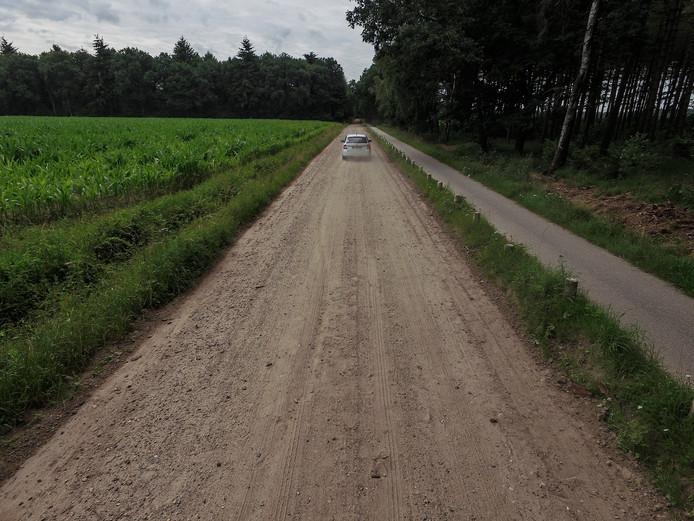 De Roovert tussen Hilvarenbeek en Poppel blijft toch onverhard.