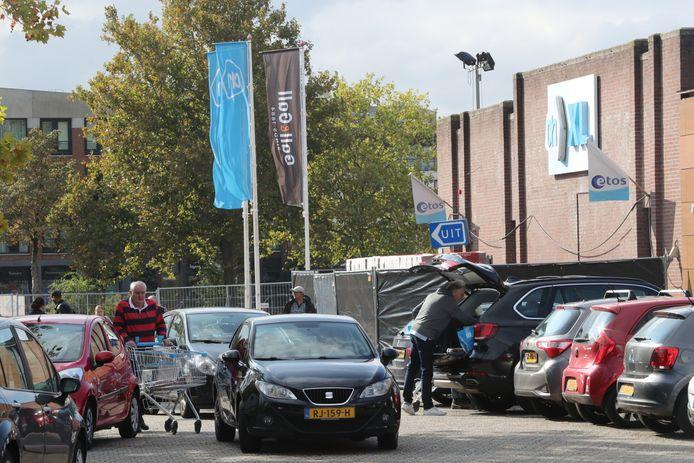 Drukte bij de AH XL in Helmond