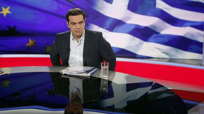 Tsipras stapt op als Grieken voor nieuwe besparingen stemmen