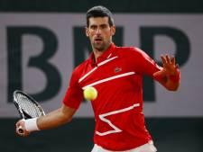 Djokovic knokt zich ten koste van Tsitsipas naar droomfinale tegen Nadal
