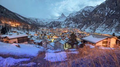 """13.000 toeristen afgesloten van de wereld door lawinegevaar in Zwitserland: """"Toch beetje romantisch"""""""