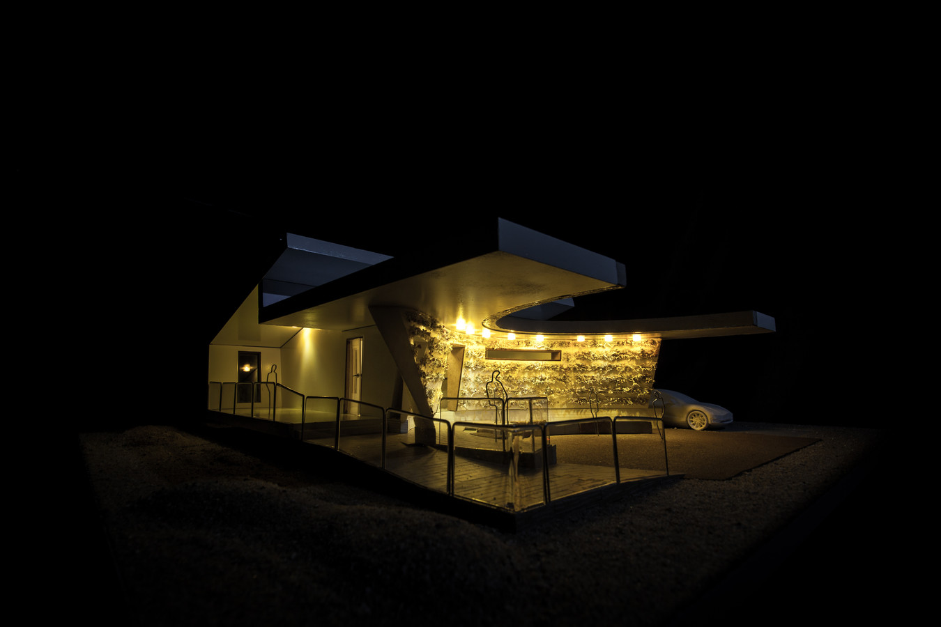 Een maquette van de woning die het studenteam VirTue van de TU Eindhoven heeft ontworpen voor de Solar Decathlon in Dubai, later in 2018.