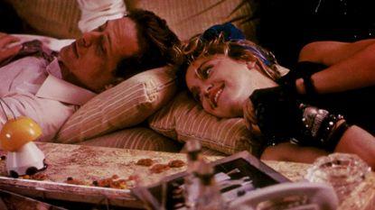 Madonna eert Mark Blum: 'You'-acteur sterft aan coronavirus