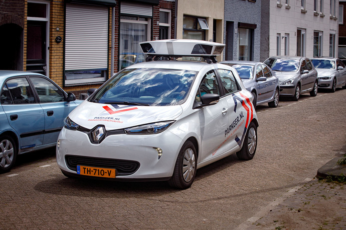 In meerdere steden is de scanauto inmiddels de schrik van de zwartparkeerders. Ook Kampen wil er mee aan de slag.