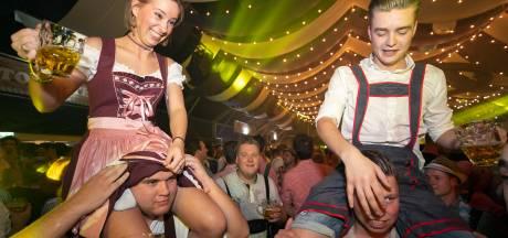 Dennie Christian 'verpest' voorstelling in Theater aan de Parade: 'Alsof ik in een disco zat'