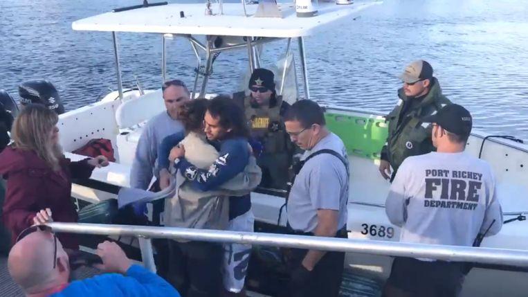 Cole Corrent (28) wilde een vogel redden tijdens het jetskiën maar raakte zijn jetski kwijt.