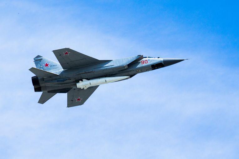 Een Russische MiG-31K met de Kinzhal aan boord.