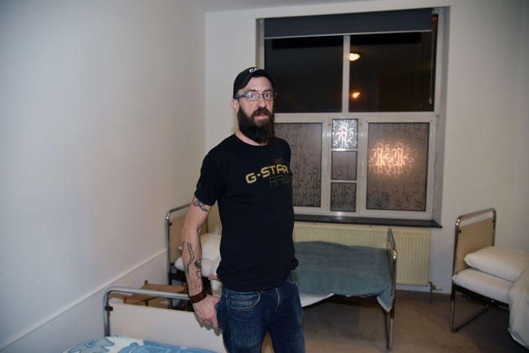 Vilvoorde start met winteropvang op nieuwe locatie, medewerker Dieter
