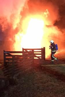 Uitslaande brand in schuur Putten