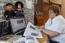 Hilja Klaver-Vos is oprichter en beheerder van de Facebookgroep Gemeente Staphorst in oude foto's.