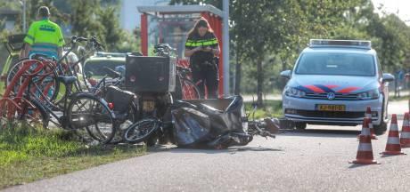Kind zwaargewond na botsing bakfiets en scooter