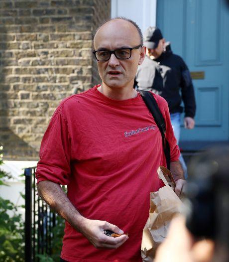 Omstreden topadviseur Britse premier weigert op te stappen en excuses te maken na rel
