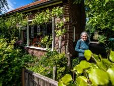 Liesbeth (81) uit Olst verrast door slecht nieuws van gemeente: alleen burgerinitiatief kan haar paradijsje nog redden
