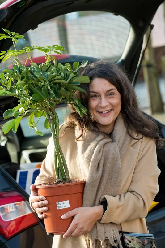 Mariska van Ekeris met het nieuwe groen.