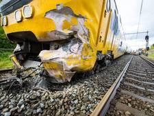 Chauffeur dieplader sprong uit cabine, vrachtwagen was stilgevallen voor aanrijding met trein