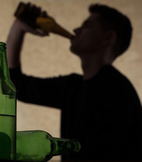 Abus d'alcool chez les jeunes: les experts dénoncent le lobby de la bière