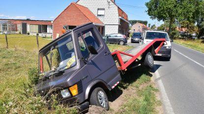 Gezin van vier gewond bij ongeval op dodenweg