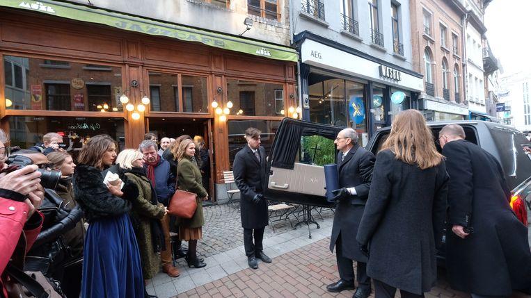 In Antwerpen is afscheid genomen van Jan van den Braak (80), de voormalige cafébaas van De Muze.