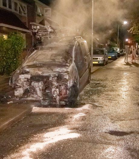 Opnieuw voertuig uitgebrand in Arnhem