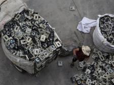 Miljoenen tonnen afval van oude telefoons worden niet gerecycled