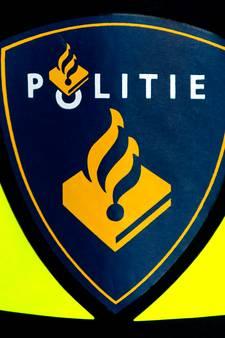 Agenten vinden drugs en vuurwapen in woning IJsselmonde