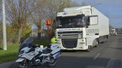 Grootschalige verkeersactie met politie en belastingdienst in de westkust