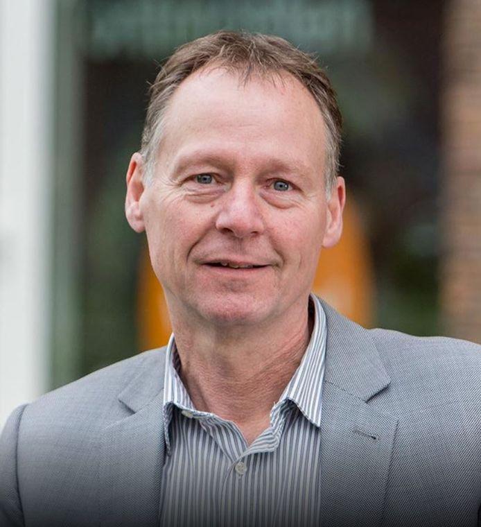 Onder anderen Dick van Maanen van Stadsring51 praat mee in de Stadsdialoog over werk en inkomen.