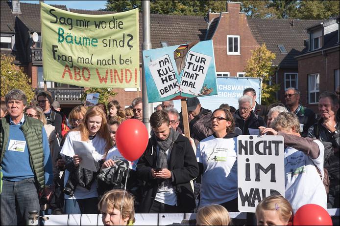 Een protesterende menigte.