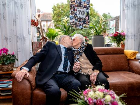 Gilles en Fie Rijsdijk vieren 70-jarig huwelijksfeest met gebak van Koninklijk Huis: 'Dat heeft Máxima gemaakt'