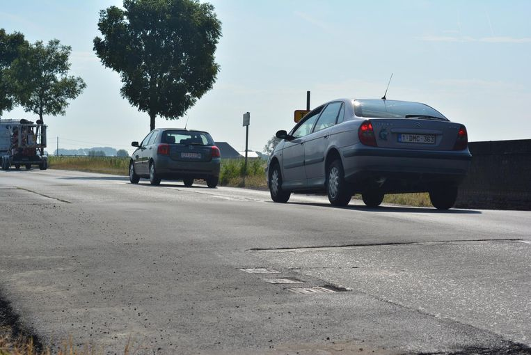 Veel bestuurders klagen over de plotse 'jump' in de weg.