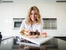 Catering van Enterse Saskia naar recepten van oma: 'We hielden vroeger snoepavonden'