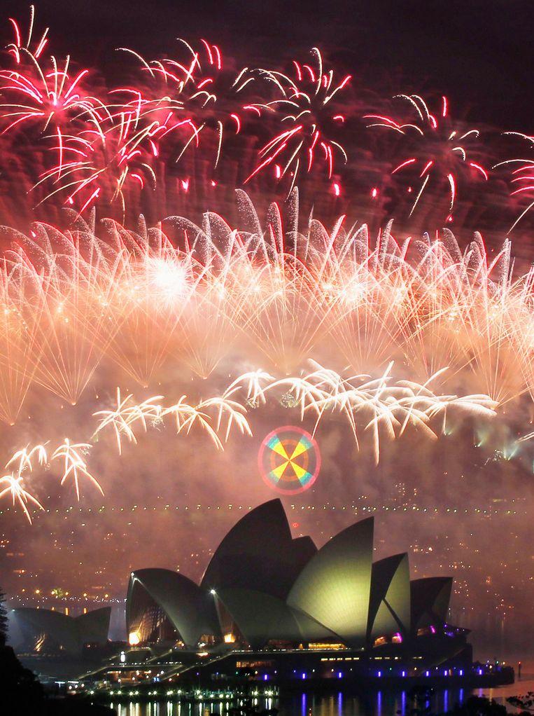 Vuurwerk bij het Opera House in Sydney. Beeld reuters