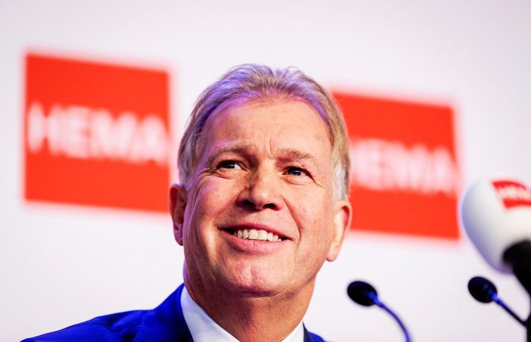 Boekhoorn tijdens de persconferentie over de overname van Hema. Beeld anp