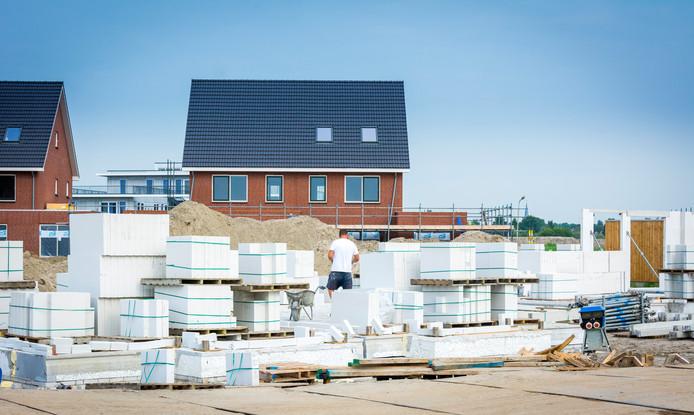 Het lukt bouwers maar niet het jaarlijkse aantal nieuwbouwwoningen op te voeren
