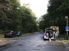 Fietser naar het ziekenhuis na botsing met auto in Gennep
