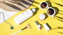 """Dokter scheidt feiten van fabels  over zon en make-up: """"Zonnecrème sprayen doe je beter niet"""""""