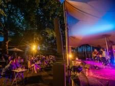 Eerste festival sinds tijden in Dordrecht: Douwe Bob trapt concertreeks In De Museumtuin af