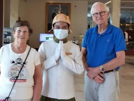 Winterswijks stel van corona-schip mag Cambodja verlaten: 'Eindelijk naar huis'