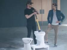 Rapper Donnie sloopt de boel in nieuwe talkshow Tim Senders
