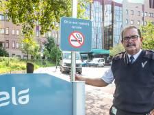 Verdeeldheid over roken bij ziekenhuis: bijna helft gunt bezoekers sigaretje