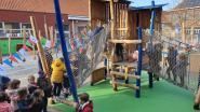Kleuters Albertstraat leven zich uit op nieuwe speelplaats