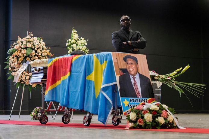 Het lichaam van de Congolese oppositieleider Etienne Tshisekedi wordt twee jaar na zijn dood gerepatrieerd naar Congo.