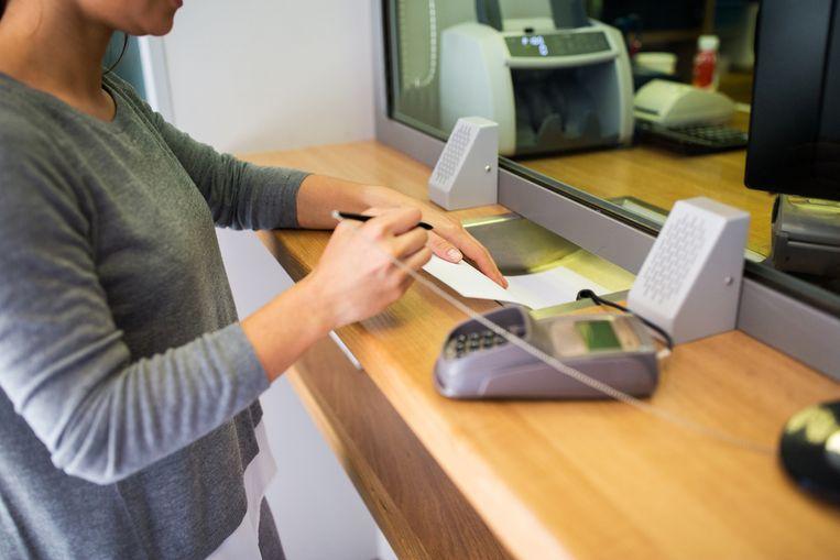 Negen op de tien bevraagden stapten het afgelopen jaar toch nog eens een filiaal van hun bank binnen.