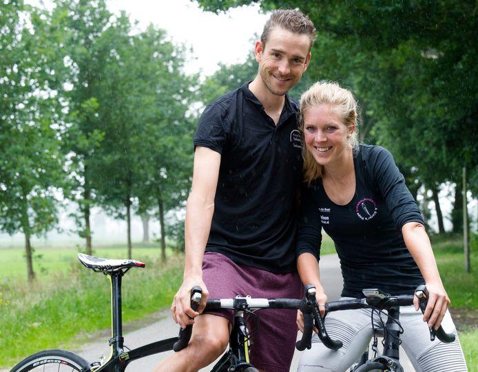 Wielrenners Peter Schulting en Ingrid Tempert.