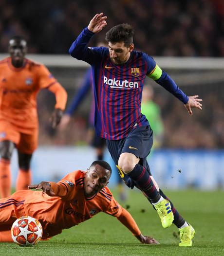 Messi schittert tegen Lyon met twee goals en twee assists