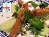 Auberginefrietjes met Griekse salade